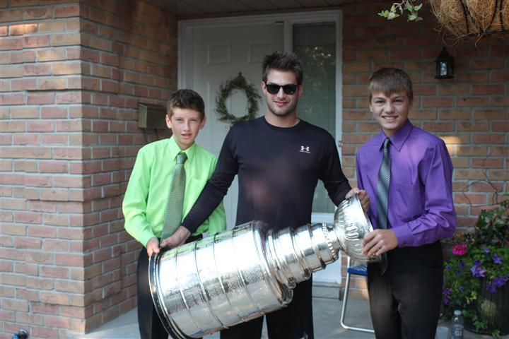 jake_and_keegan_-_stanley_cup.jpg